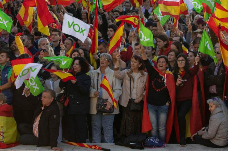 İspanya'da Zihinsel Engelliler Seçimlerde İlk Kez Oy Kullandı