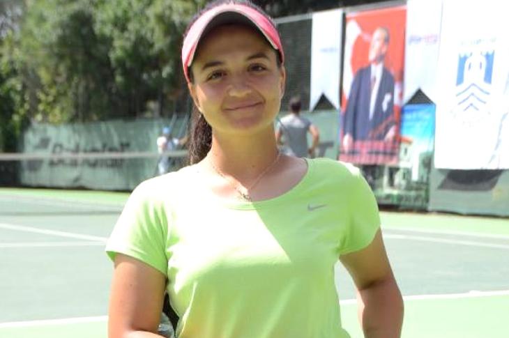 Milli Sporcumuz Büşra Ün 7. Citta Di Firenze Tenis Turnuvası'nda Şampiyon
