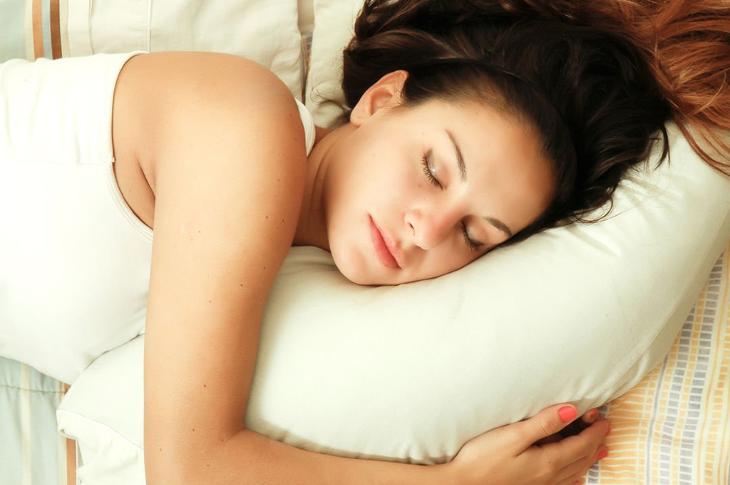 Yemekten Sonra Uykunuz Geliyorsa Dikkat