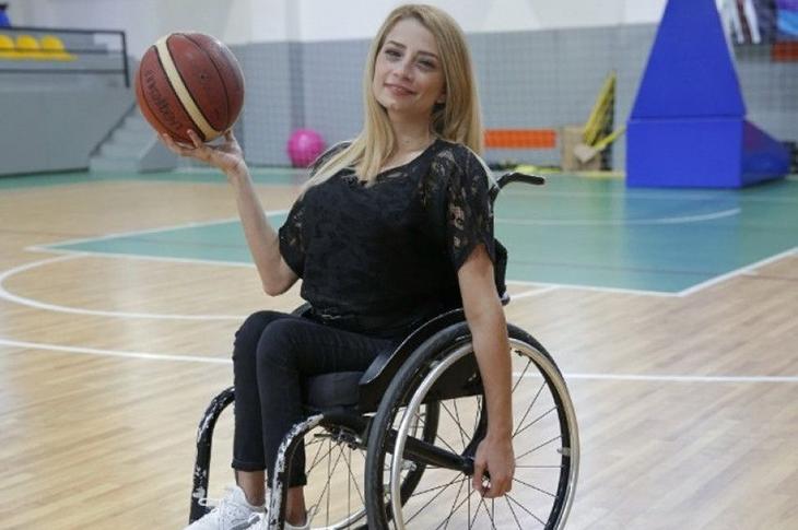 İtalya'dan Gelen Engelli Sporcu Selin Şahin Karantinaya Alındı