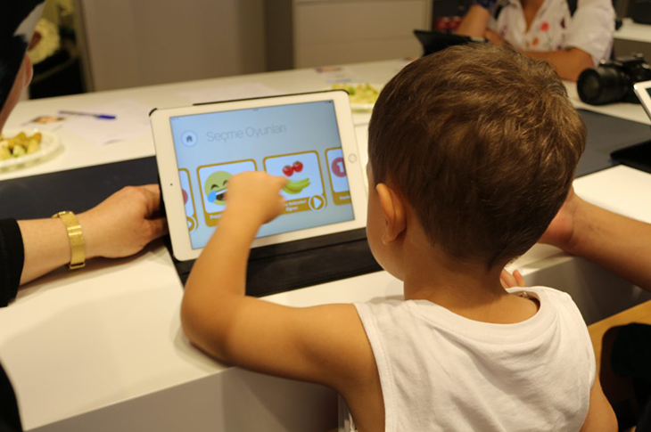 Döviz Artışı İşitme Cihazı Kullanan Engelli Çocukları Etkiliyor