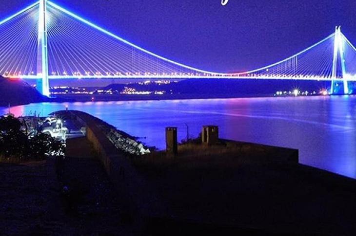 Türkiye'de Otizm Farkındalığı İçin Mavi Işık Yakıldı!