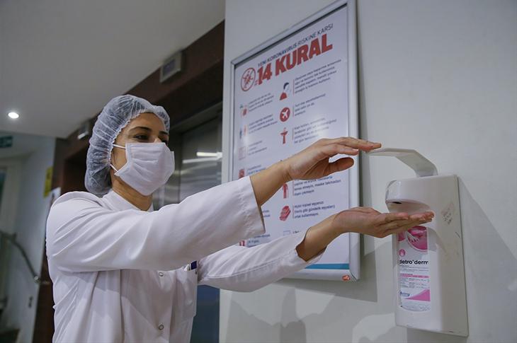 Koronavirüs'den Bugün 68 Kişi Hayatını Kaybetti