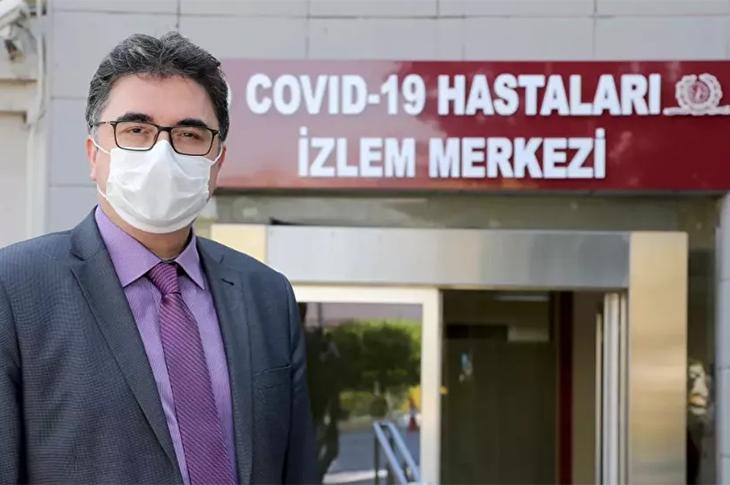İÜ Tıp Fakültesi Dekanı Tükek'ten 'Toplumsal Bağışıklık' Uyarısı