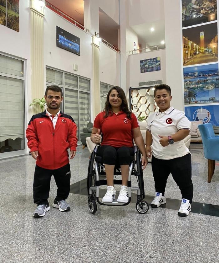 Milli Halterciler Tokyo Paralimpik Oyunları Hazırlıklarını Sürdürüyor