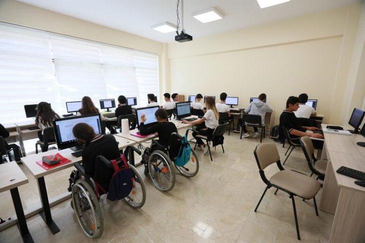 Engelli Öğrenciler Yüz Yüze Eğitim Süreçleri Boyunca Takip Edilecek