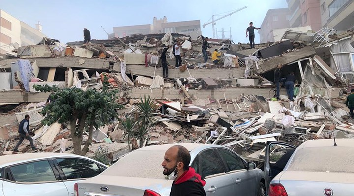 AFAD'tan Son Dakika Açıklaması! 4 Bina Tamamen Yıkıldı; Yaralı Sayısı Artıyor…