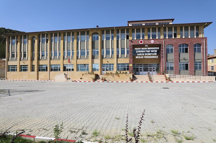 """Yozgat Bozok Üniversitesi Öğretim Görevlileri """"İşaret Dili"""" Öğrendi"""