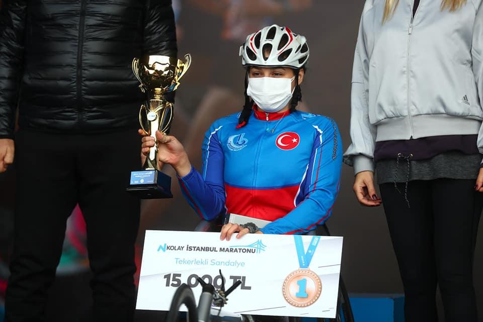 Bağcılar Engelliler Atletizm Takımı 42. İstanbul Maratonu Şampiyonu Oldu