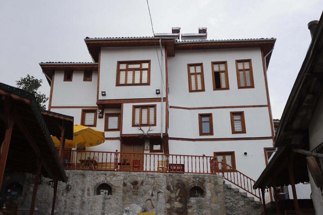 Beypazarı'nda Fahrettin Taşkıran Engellilere Ücretsiz Otel Hizmeti Sunuyor
