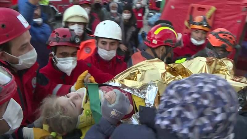 İzmir'de Hayatını Kaybedenlerin Sayısı 95'e Yükseldi