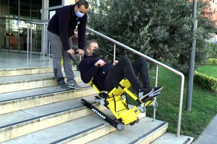 Merdiven Tırmanma Cihazları Engellilere Oldukça Kolaylık Sağlıyor