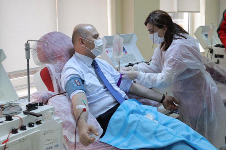 İçişleri Bakanı Soylu İmmün Plazma Bağışı Yaptı