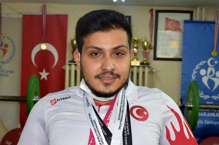Milli Halterci Üzeyir Karakoç'un Hedefi Paralimpik Oyunları
