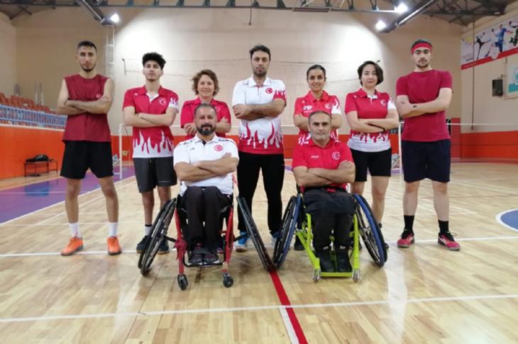 Badminton Milli Takımı Aksaray'da Kampa Girdi