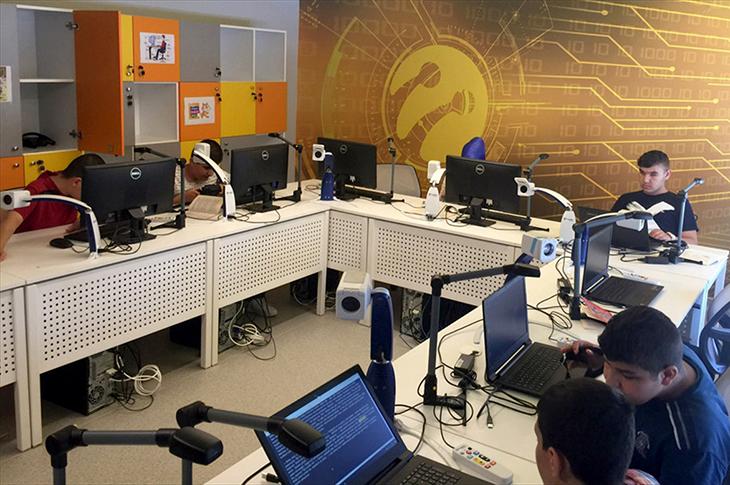 Turkcell Engellilerin Hayatını Teknoloji ile Kolaylaştırdı