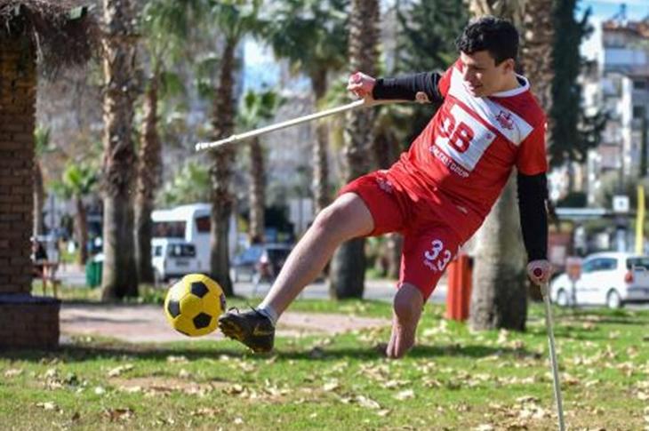 Ampute Futbolun Genç Yıldızı Ali Deniz