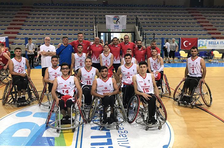Genç Basketbolcular Yalova'da Kampa Girecek
