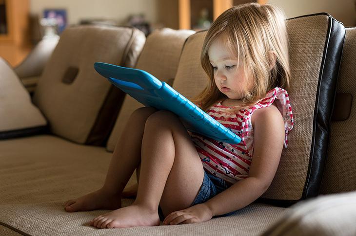 Bebeklerin Geç Konuşması Otizmle Karıştırılıyor