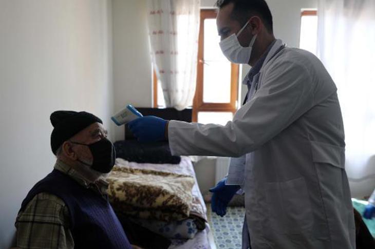 Gaziantep'te Yaşlılara Evlerinde Sağlık Hizmeti