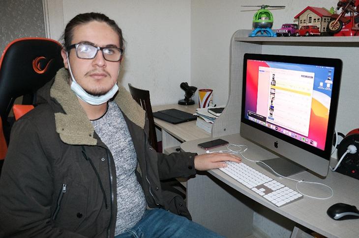Engelli Üniversitesi Öğrencisi İnternetten Dolandırıldı