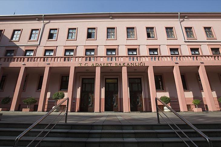 Adalet Bakanlığı İşaret Dili Tercümanı İstihdam Edecek