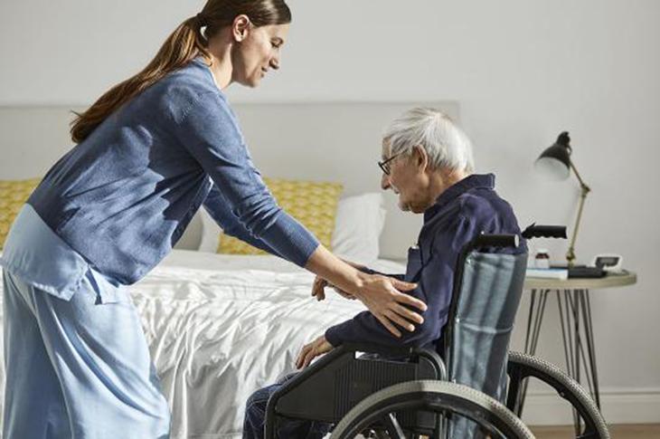 Cerrahpaşa'da 30 Hasta Bakıcı Alınacak