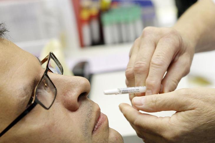 'Sprey Aşı' Salgını Bitirmede Önemli Rol Oynayabilir