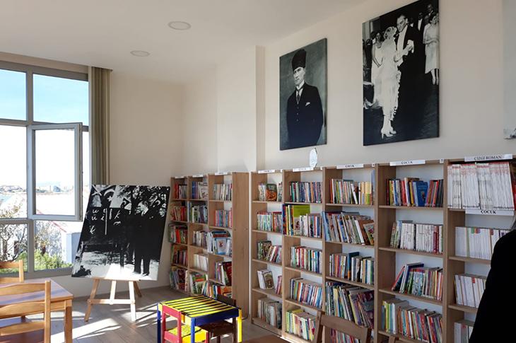 Ayvalık'ta Görme Engellilere Sesli Kütüphane Kuruldu