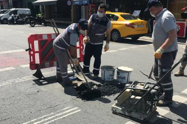 Beşiktaş'ta Engellinin Düştüğü Yol Çukuru Kapatıldı