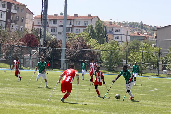 Ampute Futbol Süper Ligi'nde Üçüncü Gün Sona Erdi
