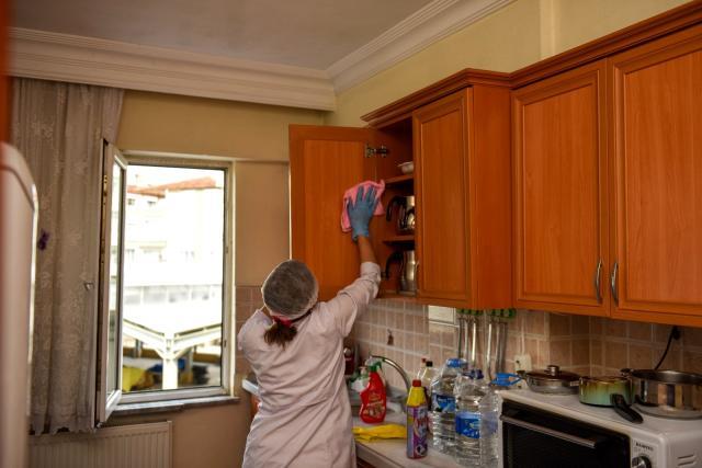 Evlerde Temizlik Hizmeti 15 Ay Sonra Başlatıldı