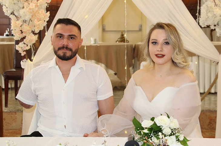 Gazi Uzman Çavuş İbrahim Yüzer Hastanede Evlendi