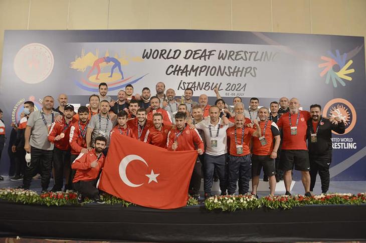 İşitme Engelliler Güreş Milli Takımı Dünya Şampiyonu
