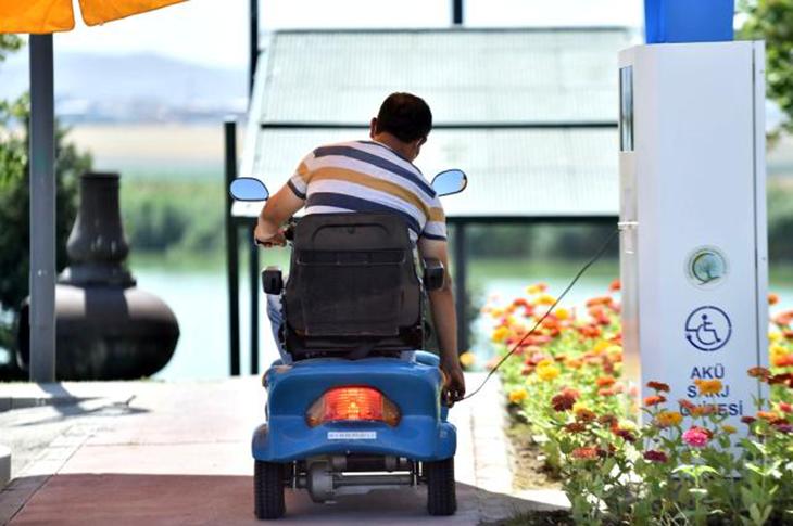Başkentte Engellilere 36 Şarj İstasyonunda Hizmet Veriliyor
