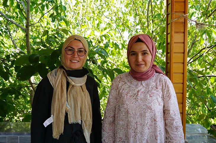 Türkiye'nin İşitme Engelli İlk Matematik Öğretmeni Gamze Çakmak Oldu