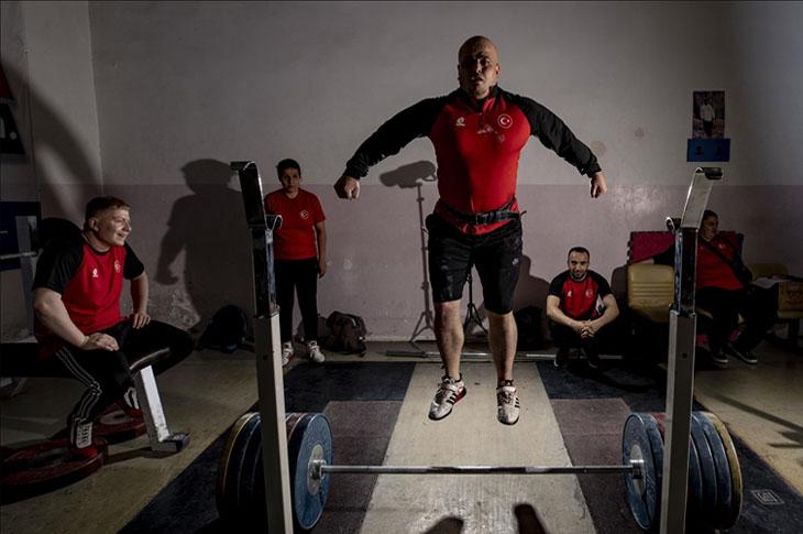 """Görme Engelli Halterciler, Branşlarının """"Paralimpik"""" Olmasını Bekliyorlar"""