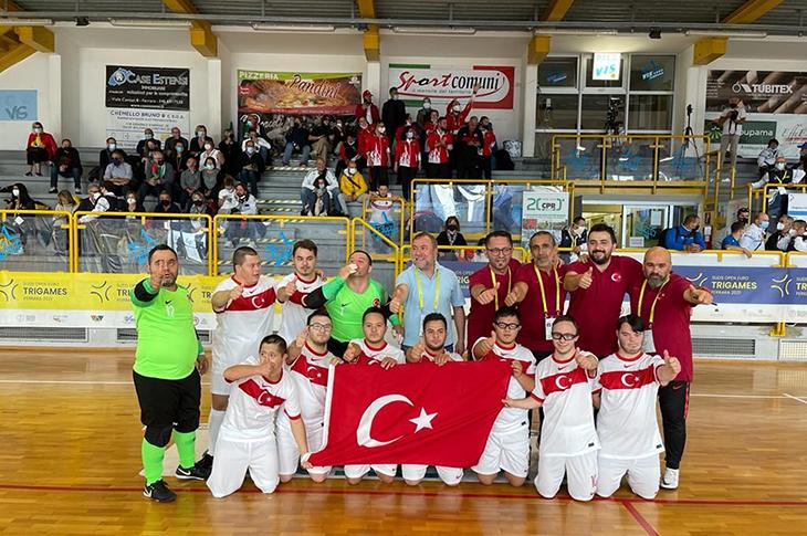 Down Sendromlular Futsal Milli Takımı Avrupa Şampiyonu Oldu